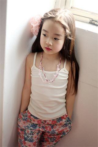 موديلات للبنات الصغار عالمية 1494256758576.jpeg