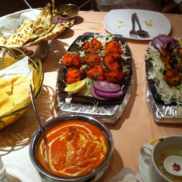 موقع ورقم تليفون مطعم لقمة الرياض 1516890511111.jpg