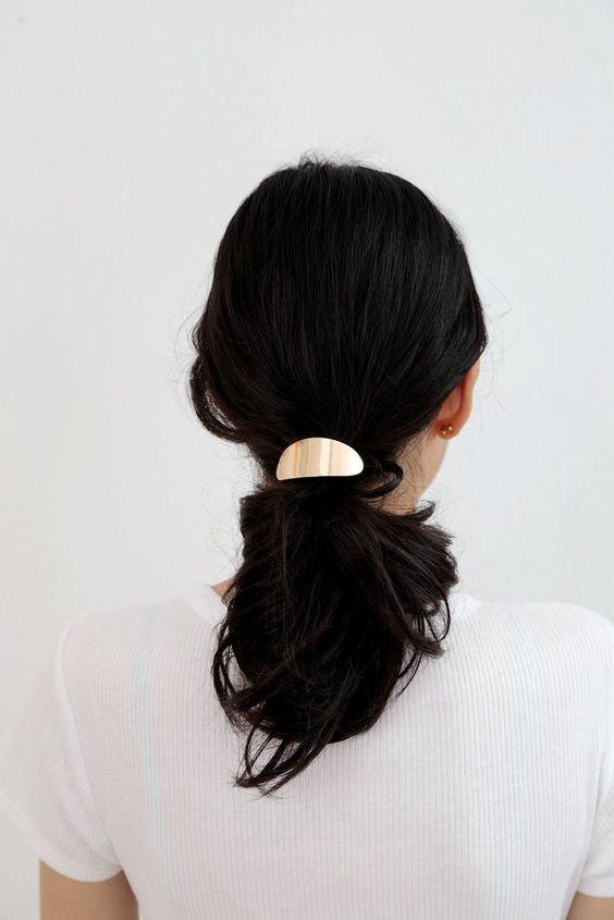 اجمل اكسسوارات شعر انيقة لاطلالتك في 2018 1516963705753.jpg