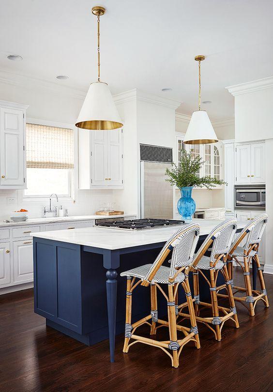 احدث تصاميم مطبخ امريكي لمنزل عصري انيق 2018 1518005204574.jpg