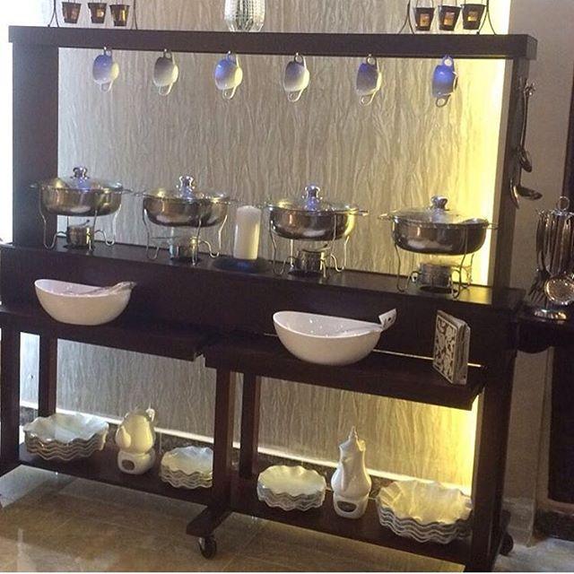 طاولات البوفيه -البوفيه المنزليه العصريه 1518642154731.jpg