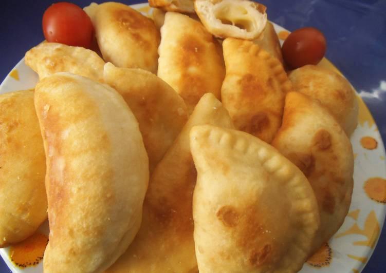 فطائر بالجبن رمضان   فطائر بالجبن رمضان فطائر بالجبن