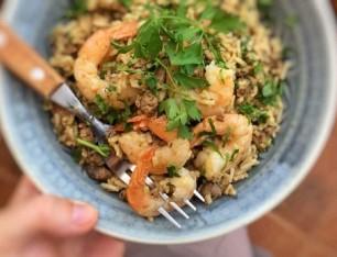 طريقة عمل أرز بكبدة الدجاج مع الجمبرى 1536661580411.jpg