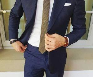 صور ملابس رجالية خفق 1538516436232.jpg