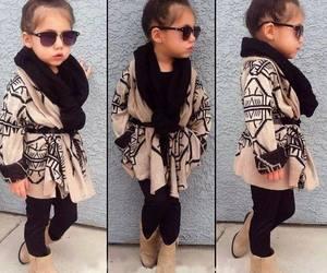 اجمل كولكشن ملابس بالوان مبهجة للاطفال 154150554848.jpg