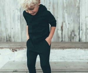 ملابس للصغار استايلات حديثة 1546961234224.jpg