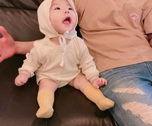 ملابس للصغار استايلات حديثة 1546961234237.jpg