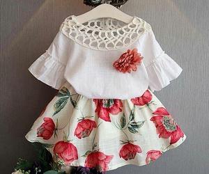 ملابس للبنوتات الصغيرات شيك 1552679032391.jpg