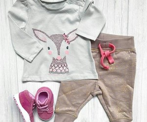 صور ملابس للاطفال انيقة 1552681418262.jpg