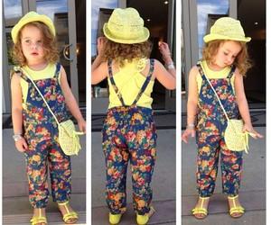 اشيك ملابس للصغار 1554561144512.jpg
