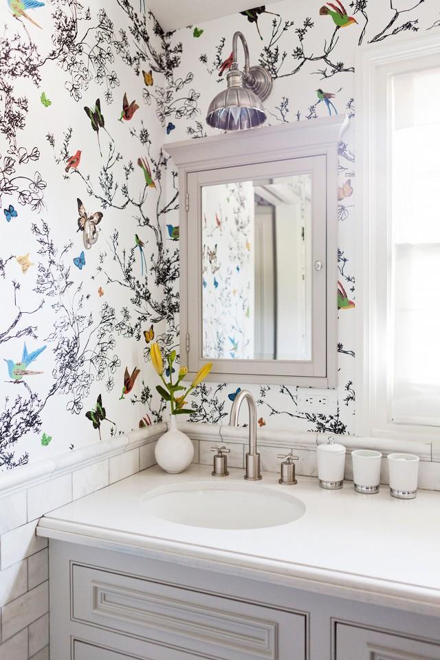 اجمل تصاميم جدران للحمام بألوان 1561411179255.jpg