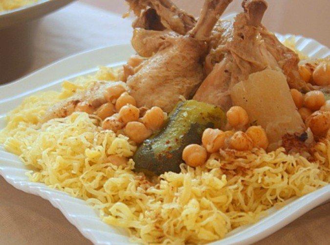 طريقة الرشتا بالدجاج التونسية بمناسبة 156146354831.jpg