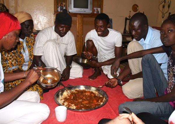 العادات والتقاليد والسياحة السنغال الافريقية 2019 1562528474943.jpg