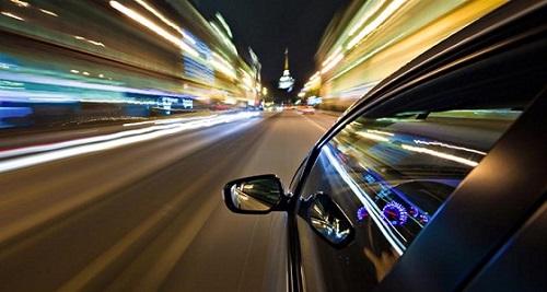 تكنولوجيا جديدة في السيارات تحد من السرعات العالية 1568215616741.jpg