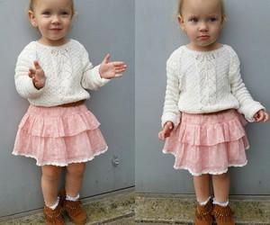 ارق مجموعة ملابس للصغيرات 156982128056.jpg