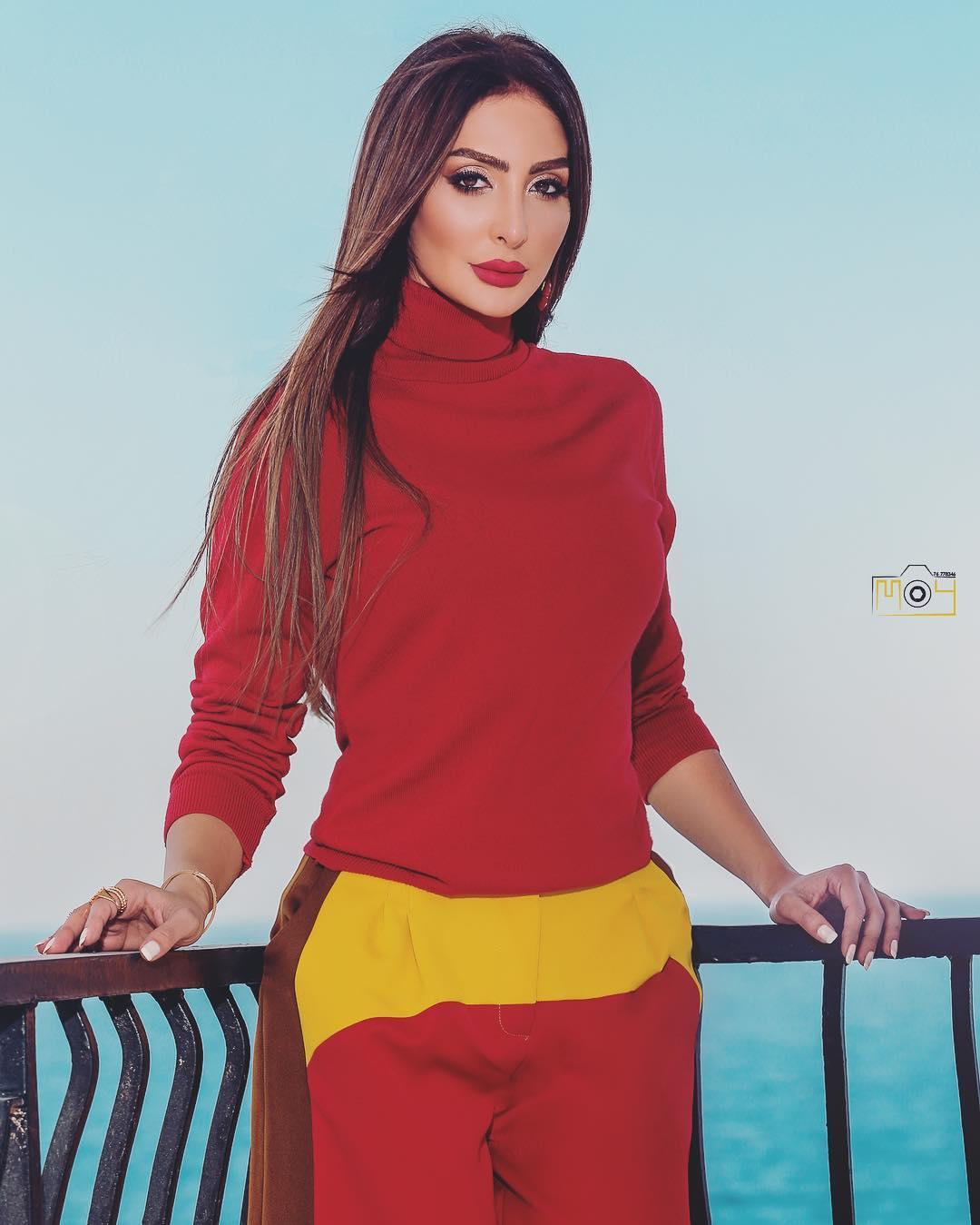 الفنانة الكويتية الغندور 2019 156984611382.jpg