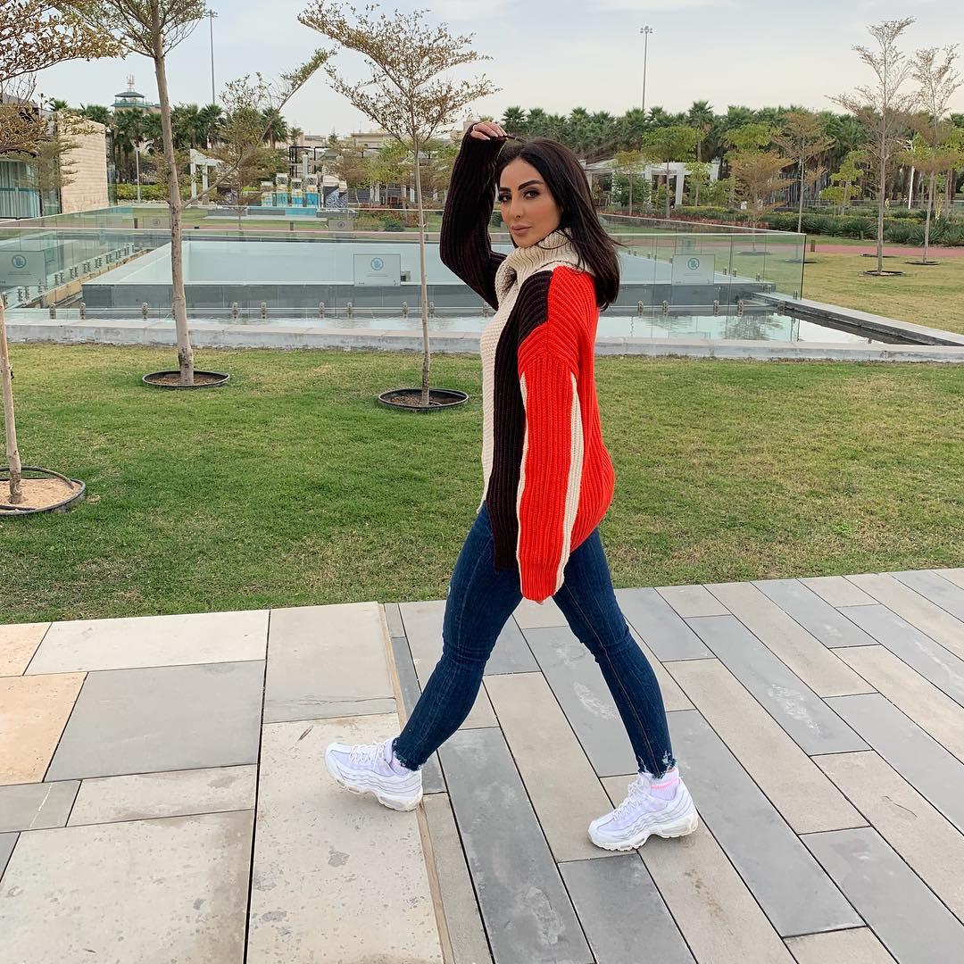 الفنانة الكويتية الغندور 2019 15698461147.jpg