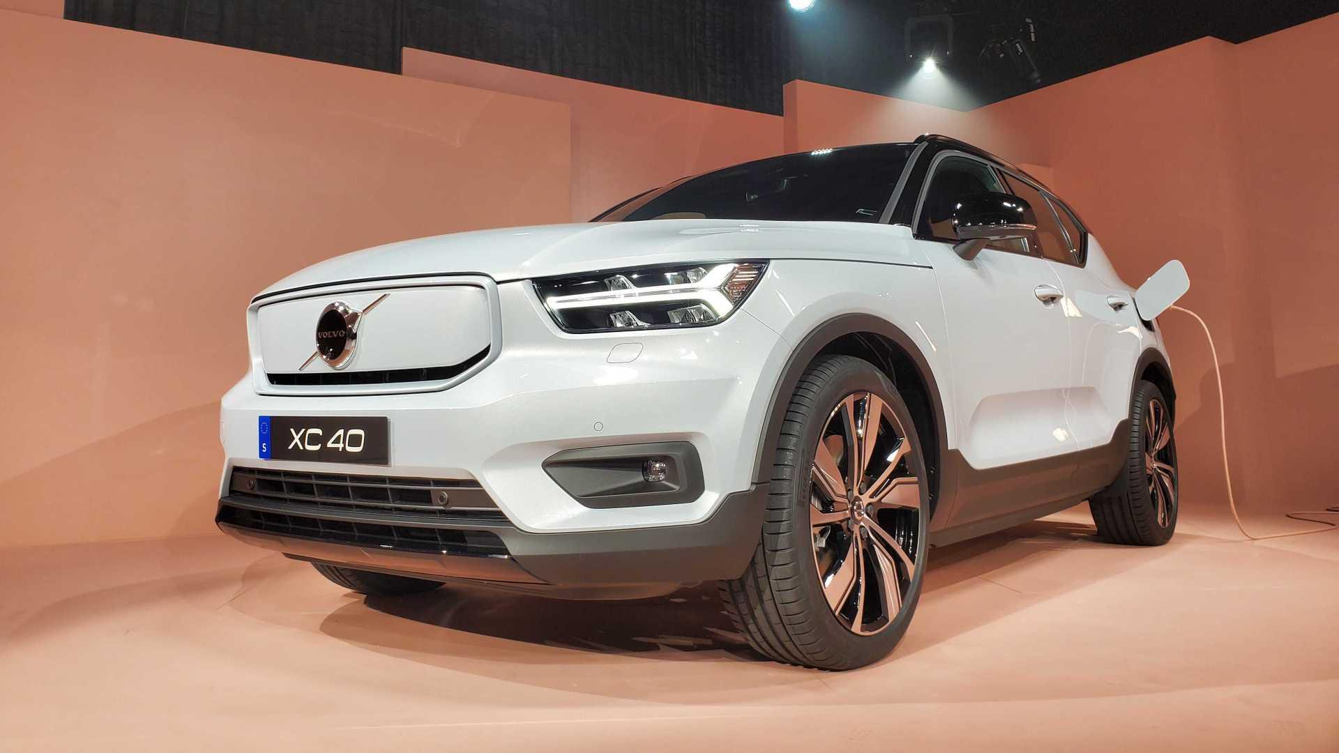 XC40 Volvo ريتشارج الكهربائية 2020 1571476341782.jpg