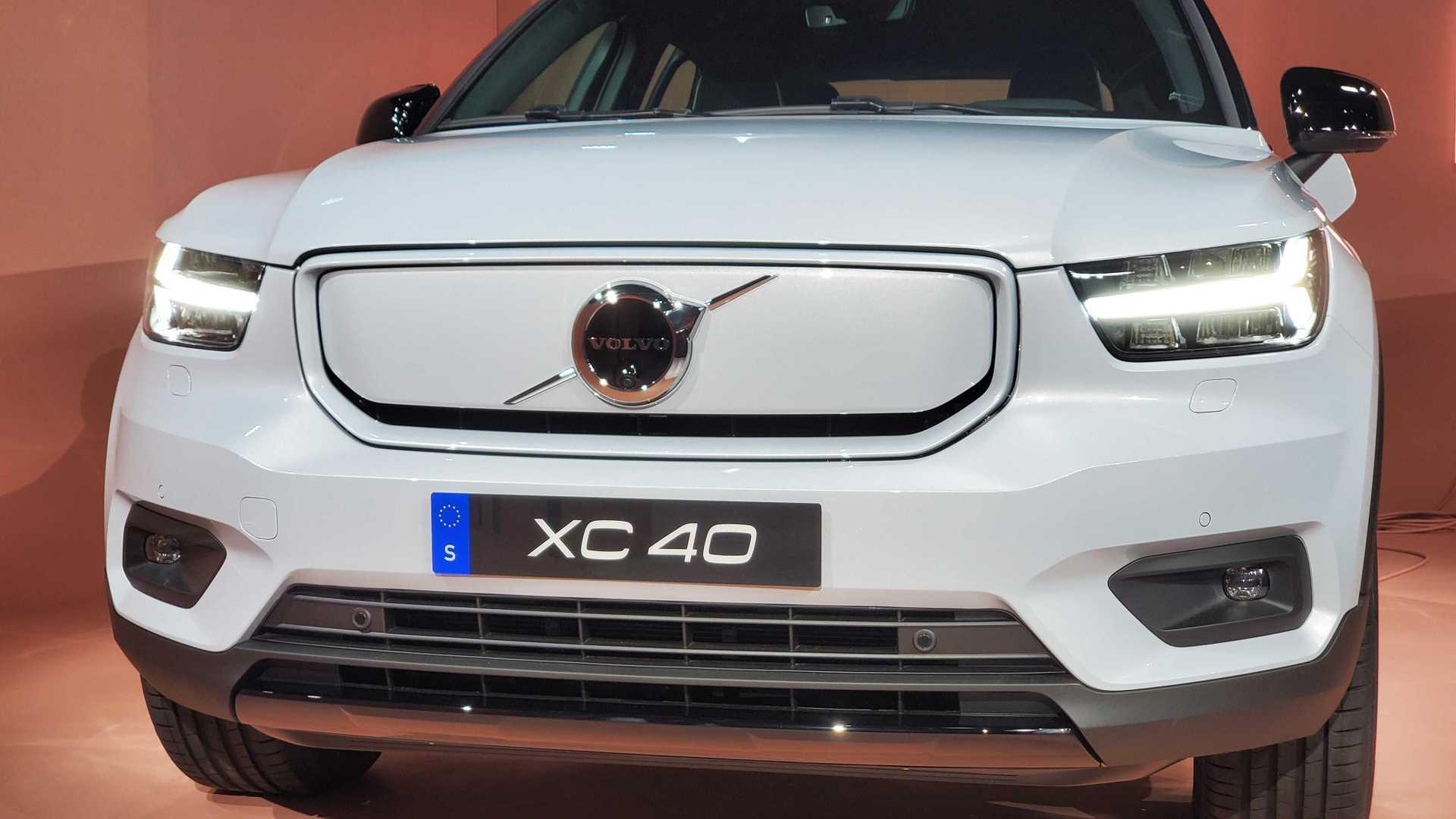 XC40 Volvo ريتشارج الكهربائية 2020 1571476341833.jpg